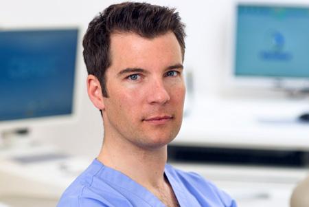 Dr Romain Cheron, Dentiste Paris 8